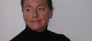 Nata a Venaria Reale nel 1945, Marina Sasso vive e lavora a Torino, dove si è diplomata all'Accademia Albertina ed è stata titolare della cattedra di discipline plastiche al Liceo […]