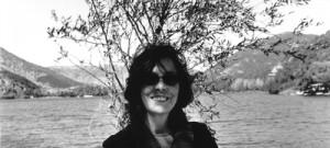 Nata nelle Marche, Tiziana Fusari vive e lavora a L'Aquila. Dopo aver seguito un diverso iter di studi si è dedicata completamente e in forma autodidatta alla ricerca artistica, prediligendo […]